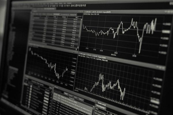 2000万散户疯狂入市 印度股市暴涨超700%